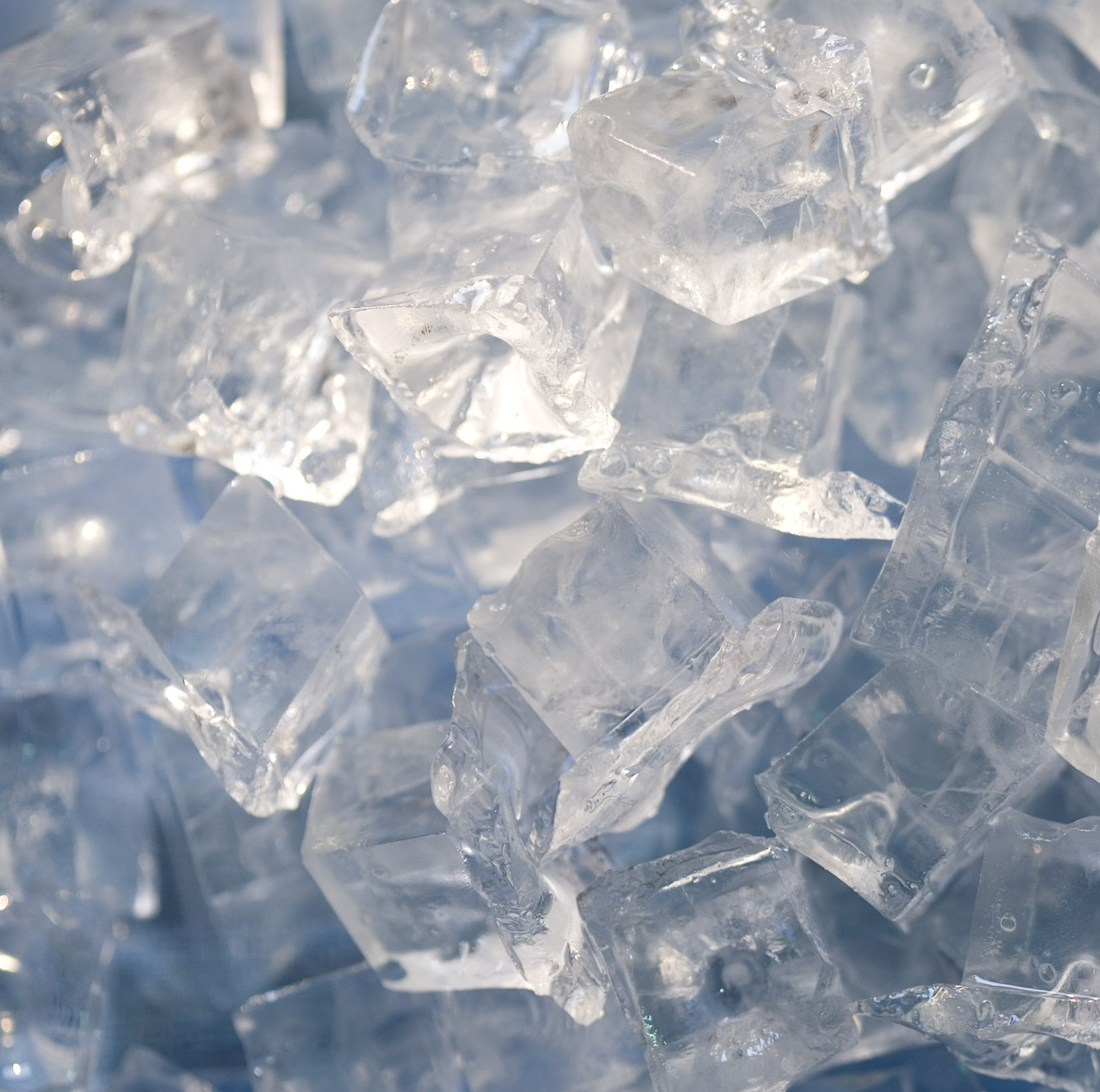 Ice or Heat? — Avon View Chiropractic